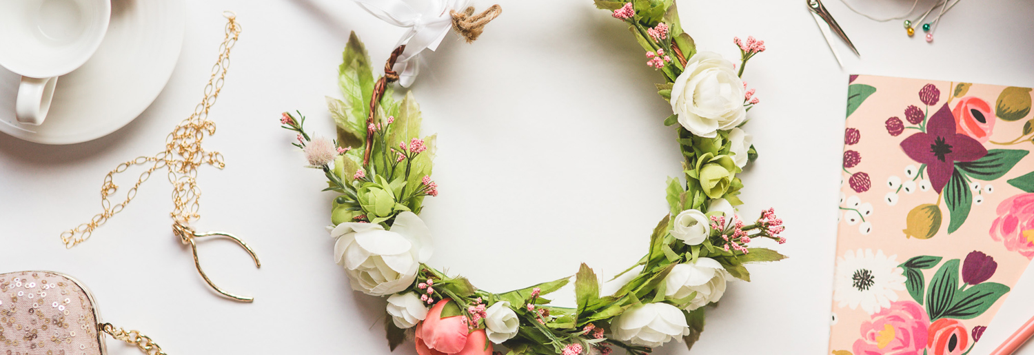 Top 7 Shops For Races and Wedding Accessories