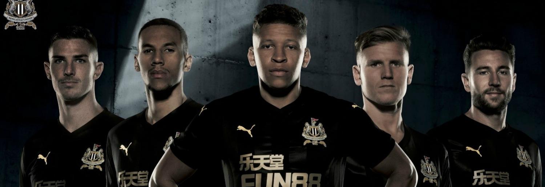 Meet Rafa Benitez and the Newcastle United FC superstars at Dublin's Sports Direct megastore
